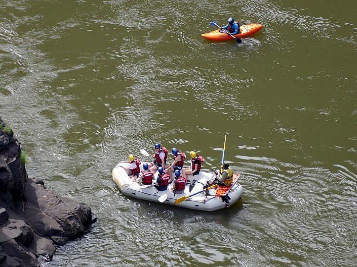 Wildwasser Rafting auf dem Sambesi. Simbabwe.