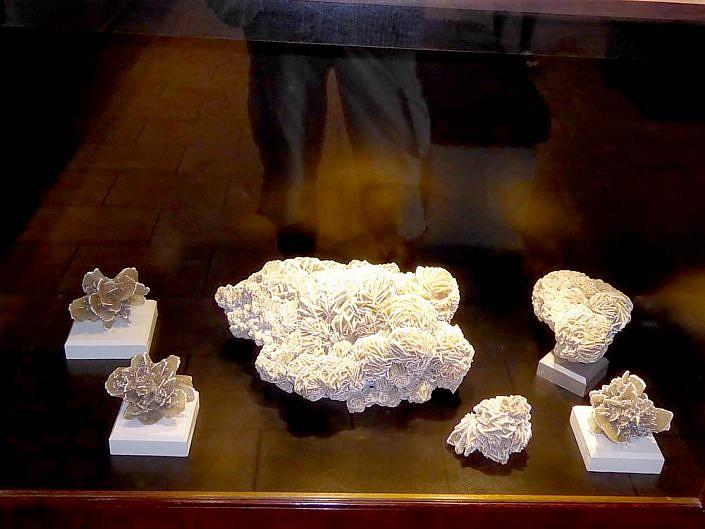 Wunderbare Sandrosen in der Kristall Galerie Swakopmund